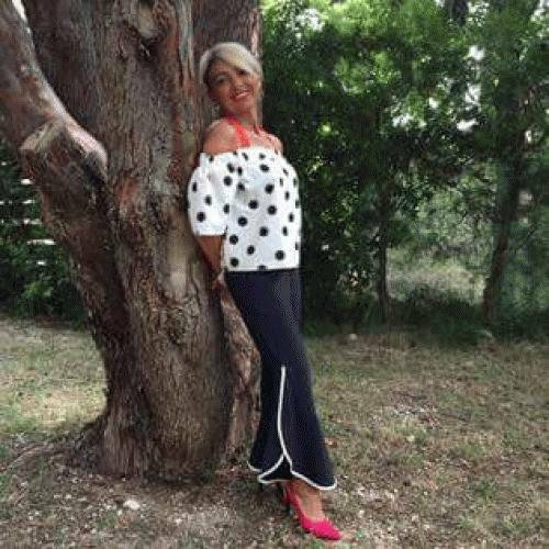 Laetitia 54 ans Montreuil
