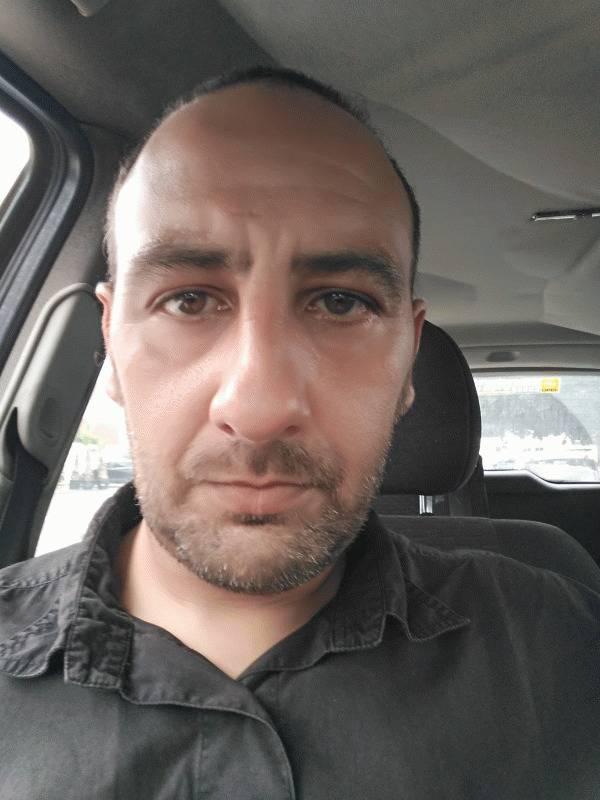 Yohann 42 ans Caen