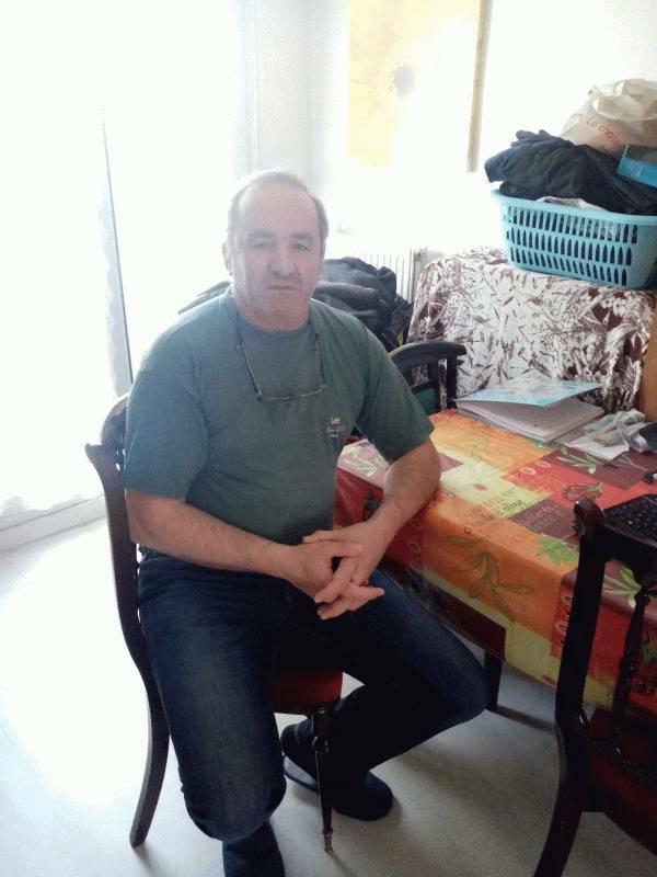 francis 56 ans Melun