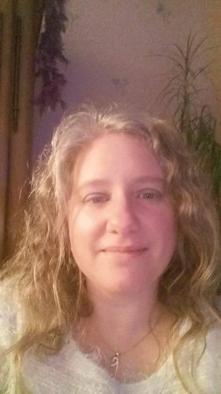 Vanessa 40 ans Écrouves