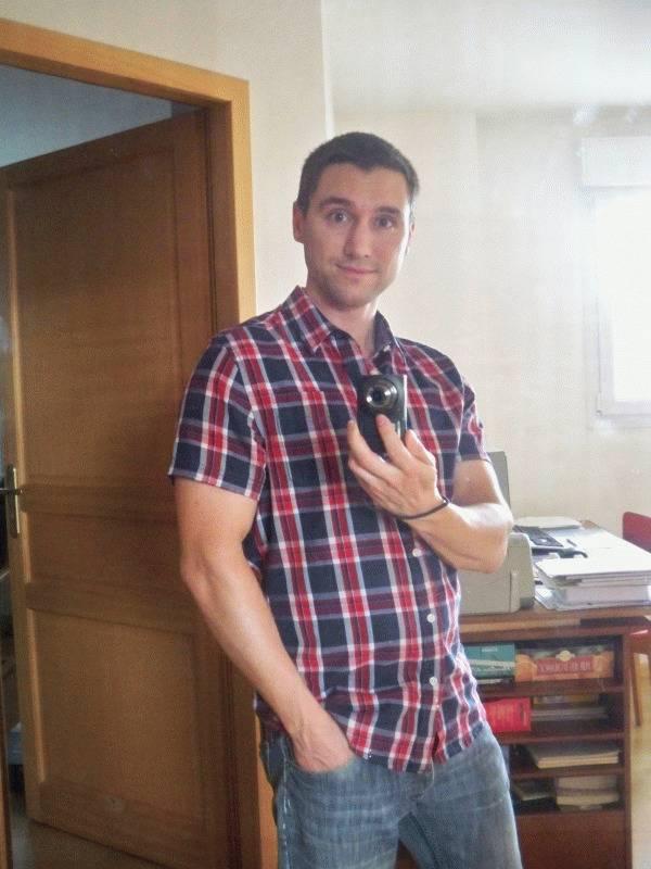 Jonathan 34 ans Metz