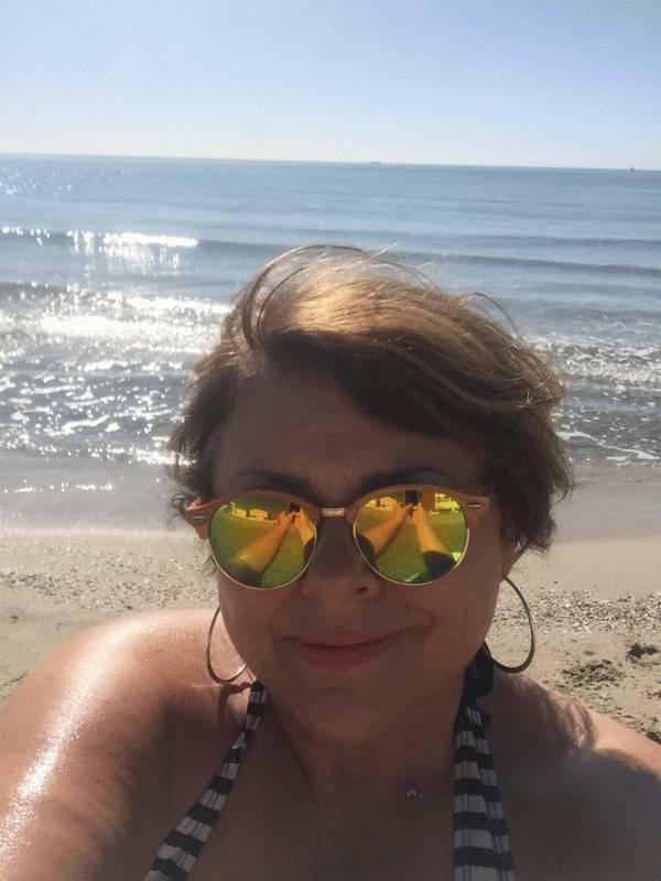 Lisa 52 ans Éleu dit Leauwette