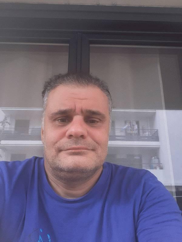 Laurent 48 ans Drancy