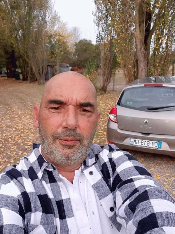 Francky 51 ans Angers