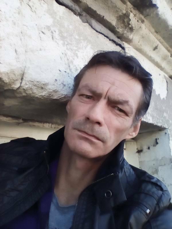 David 47 ans Segré