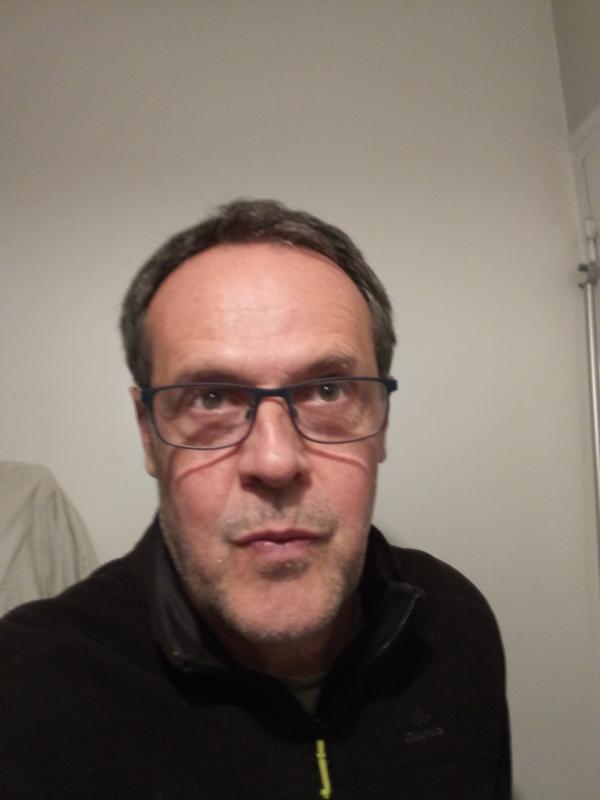 site rencontre gay gratuit à Aix en Provence