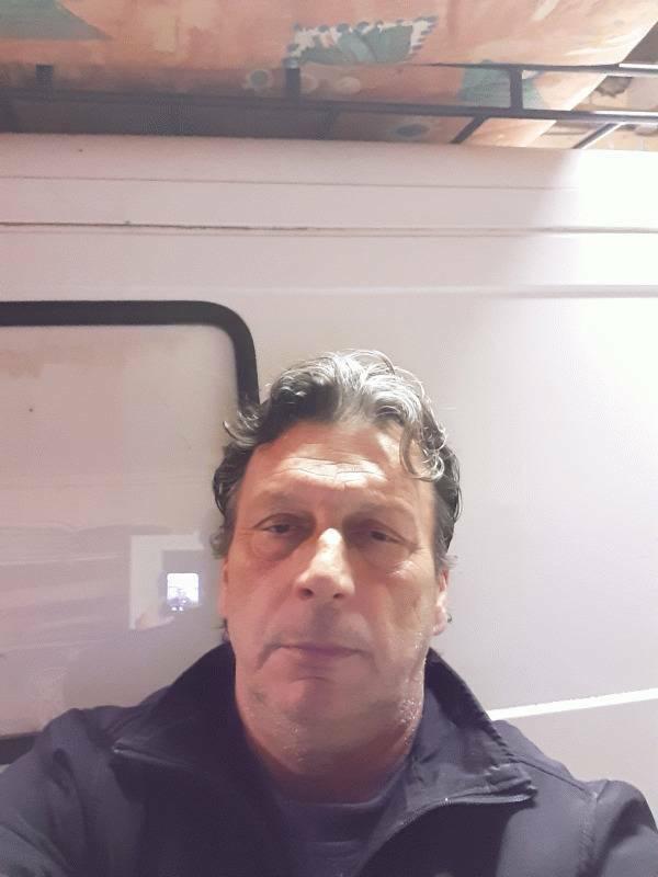 Franky  51 ans Solliès Pont