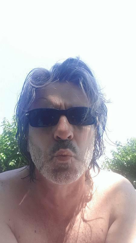 Esteban 53 ans Pertuis