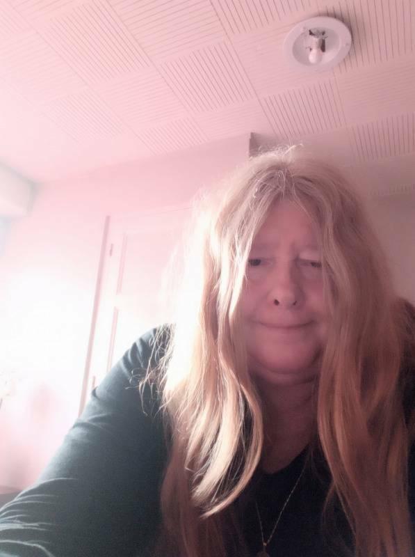 femme cherche un mec avec portable jura sites de rencontres lyon