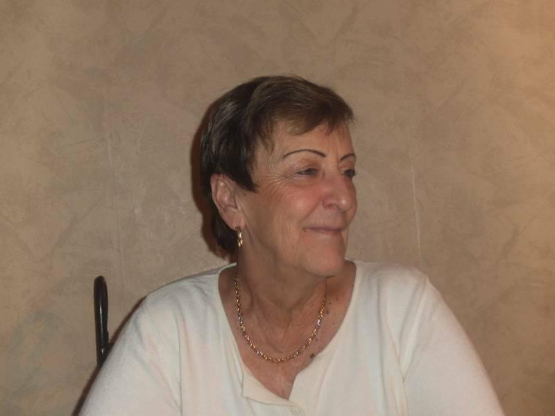Josiane 74 ans Digne les Bains