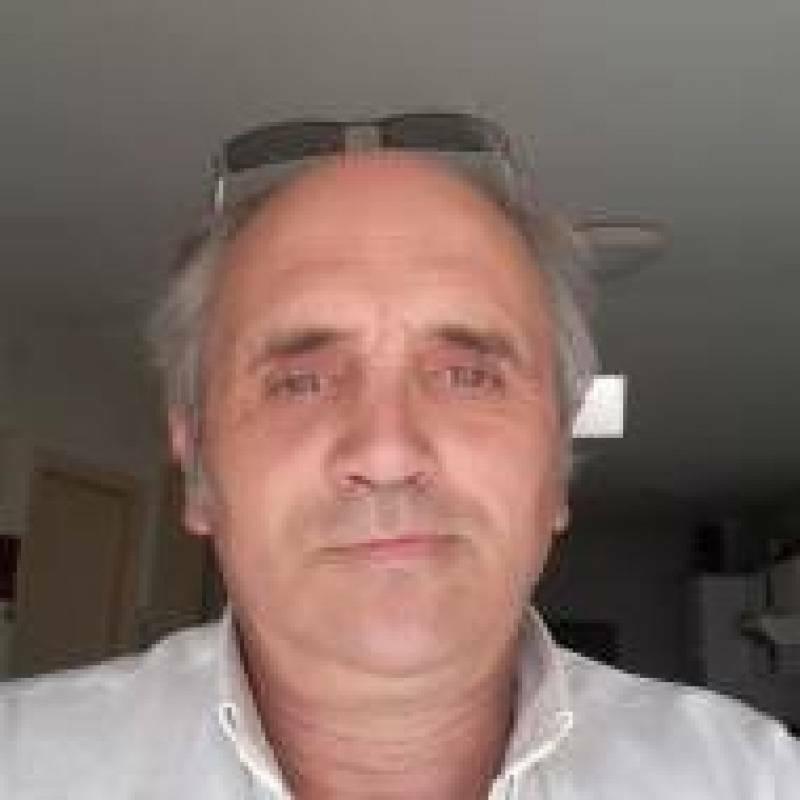 areski bernou 57 ans Saint Maixent l'École
