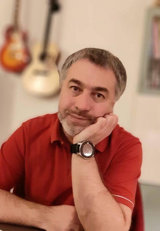 Hervé 48 ans Croix