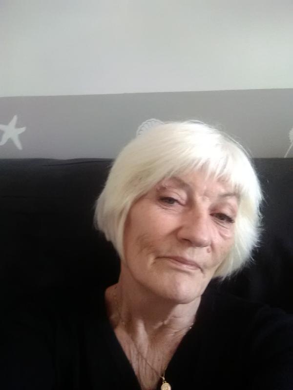 Irène 71 ans Fromentine