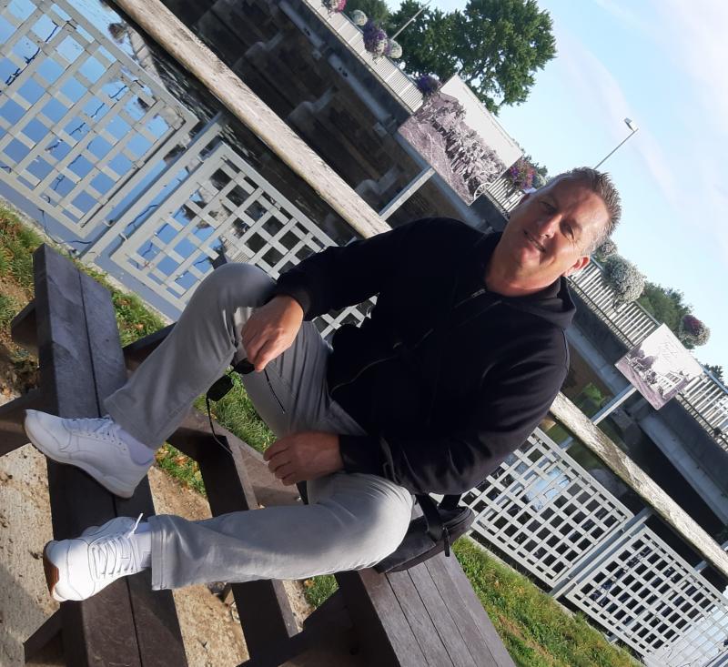 ANDRE FELIOT 52 ans Bain de Bretagne