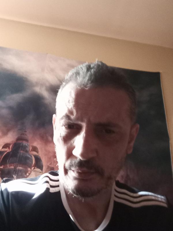 Mourad medjaour 49 ans Vic Fezensac